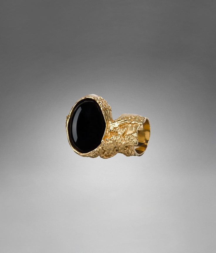 The Iconic Arty ring from YSL