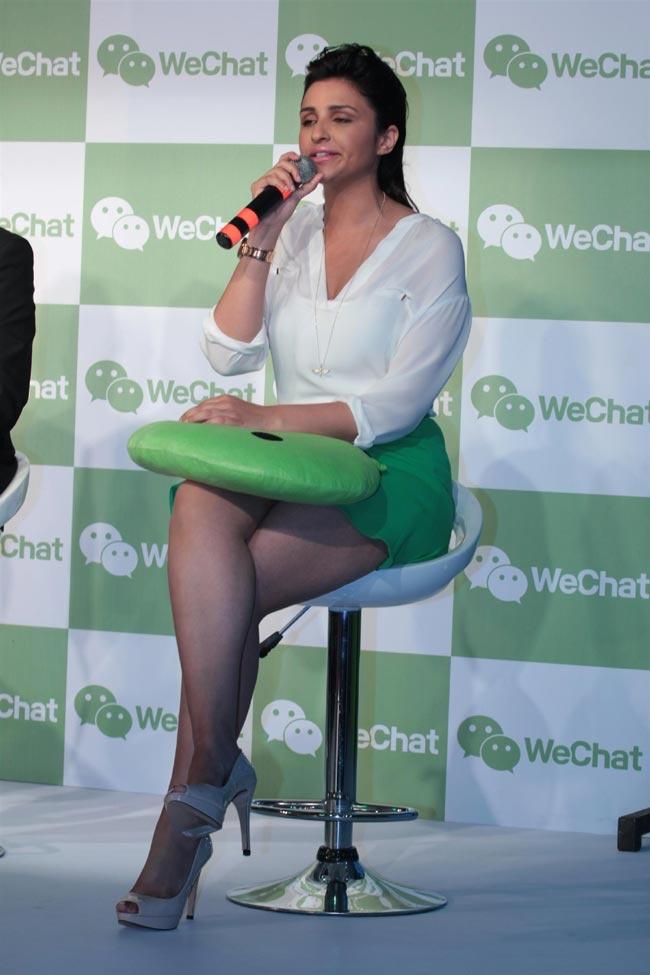 Parineeti Chopra & Varun Dhawan @ Launch of Tencent's WeChat Messenger