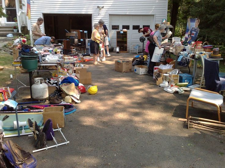 What Are The Hottest Yard Sale Items? What Sells Best? | The Fun Times Guide to Household Tips