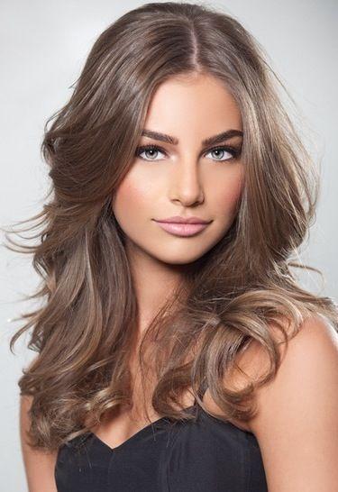Natural makeup + brown hair Really love this hair color :)