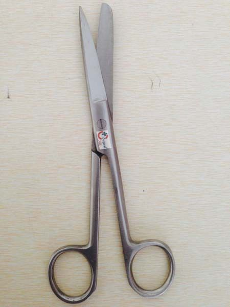 OML Stainless Steel Surgical Scissors  As a Hospital equipment manufacturing company we are also able to give you our best quality stainless steel Surgical Scissors for Doctor, Surgeon or any medical staff of hospital, clinic, medical institutes and laboratory etc.   Know more about our Stainless Steel Scissors : https://goo.gl/63EMLu