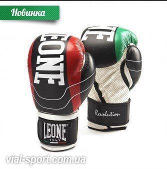 http://vial-sport.com.ua/brands/Leone-1947-Italy/bokserskie-perchatki-leone-revolution-black  !! Боксерские перчатки #Leone Revolution Black  ✔ Большой выбор товаров для единоборств и спорта   ✔Конкурентные цены, акции и распродажи ⬇ Купить, подробное описание и цена здесь ⬇ http://vial-sport.com.ua/brands/Leone-1947-Italy/bokserskie-perchatki-leone-revolution-black Боксерские перчатки Revolution Black от Leone – воплощение стильного дизайна и непревзойденного комфорта, в котором…