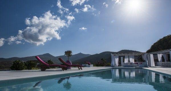 Swimming Pool of Moonlight Villa in Paros Greece. http://instylevillas.net/property/moonlight-villa-paros/