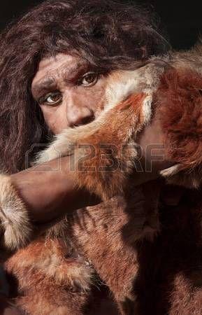 Közeli kép egy Neander-völgyi ember, elsősorban a szemek kifejezése photo