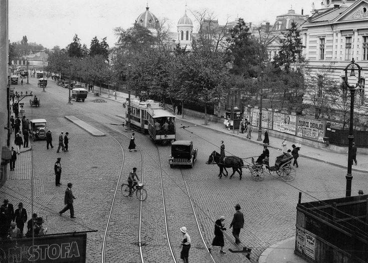 Strada Doamnei intersectie cu Coltei, vedere spre piata IC Bratianu in 1932