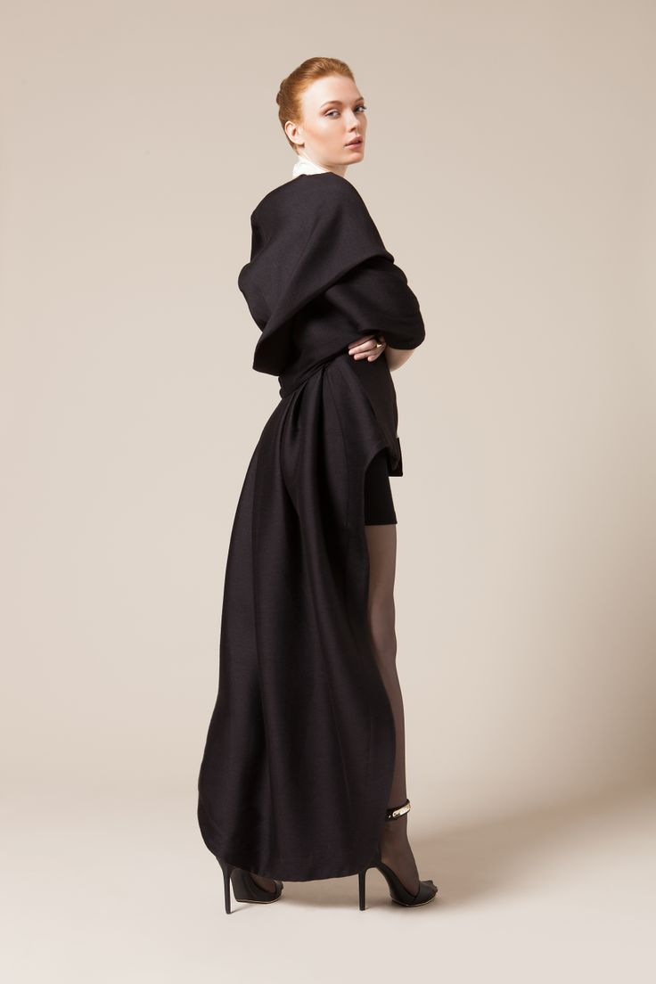 DRAGON TAIL GOWN