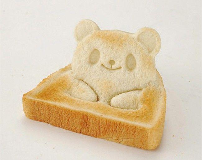 De peras em formatos de bebe a biscoitos em formatos de animais agora, a novidade, é um pão de forma em forma de urso.