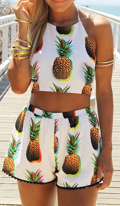 Diced Pineapples set