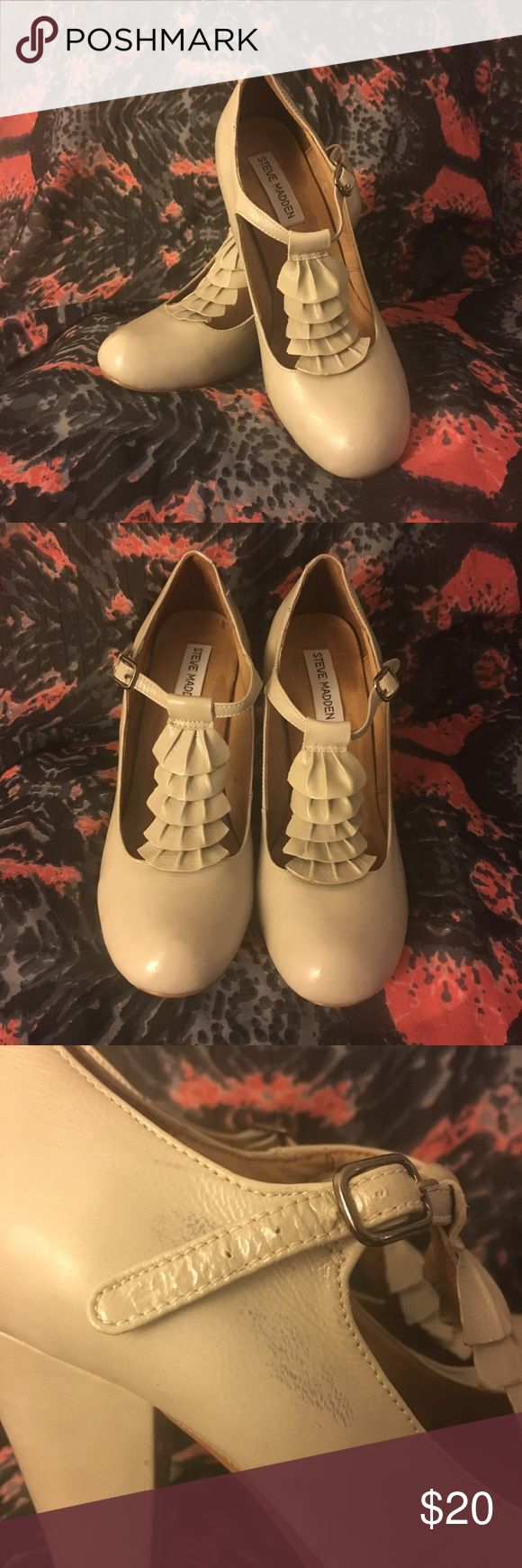T-strap Steve Madden Heels Comfy and cute!  Vintage 1940s pin-up feel. Light grey color. Worn under 5 times but do have a scuff of the right shoe as pictured. Thanks for looking! Steve Madden Shoes Heels