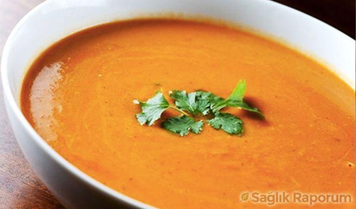 Lahana çorbası diyeti akımı ile başlayan mucizevi çorba diyetleri konusuna açıklık getiren Gizem Tutar, hızlı kilo verme konusunda doğadaki hiçbir besinin..