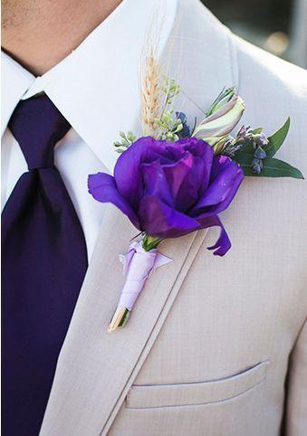 ♥♥♥  Decoração de casamento roxo e lilás Uma paleta de cores que trás harmonia ao casamento, dando um lindo toque degradé. Realize seus sonhos conferindo inspirações para casamento roxo e lilás! http://www.casareumbarato.com.br/inspiracao-casamento-roxo-e-lilas/