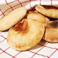 Pitabröd | Gör gärna en rejäl sats av brödet och frys in.