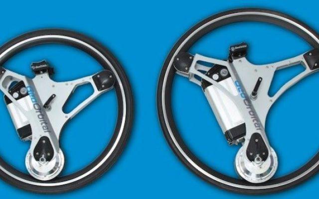 Con GeoOrbital Wheel trasformi la tua bici in elettrica in 60 secondi Guardando la dimostrazione/demo di questa bici, nel video che ne è stato diffuso online, si può notare quanto sia versatile. Si può usare la bici come fosse una normale bicicletta a pedali oppure si  #geoorbitalwheel #bici #tecnologia