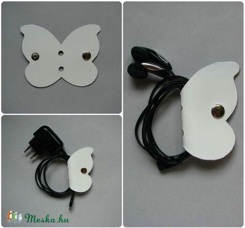 Pillangó fülhallgató, töltő, tartó bőr kábelrendező (Dettymoon) - Meska.hu