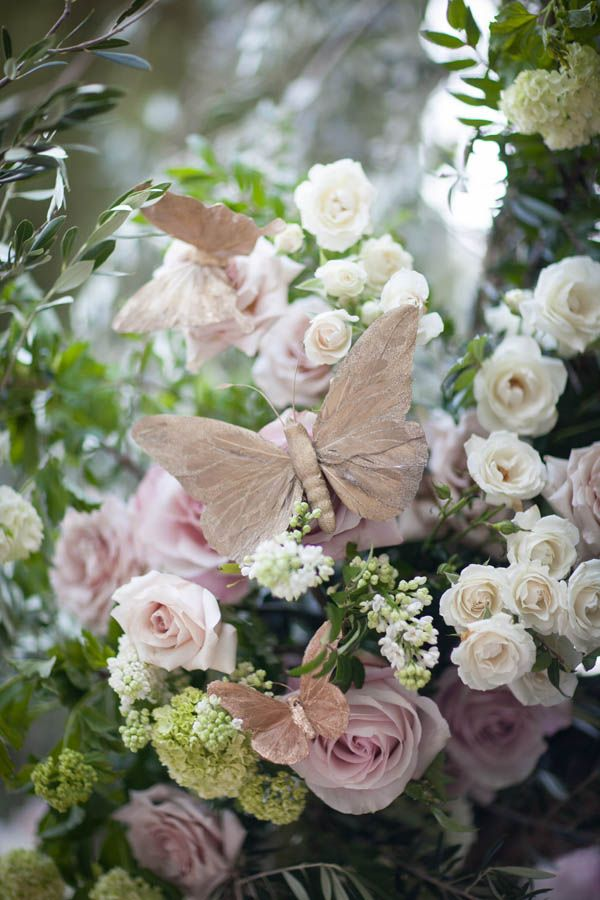 Butterfly wedding ideas (Miki and Sonja Photography)