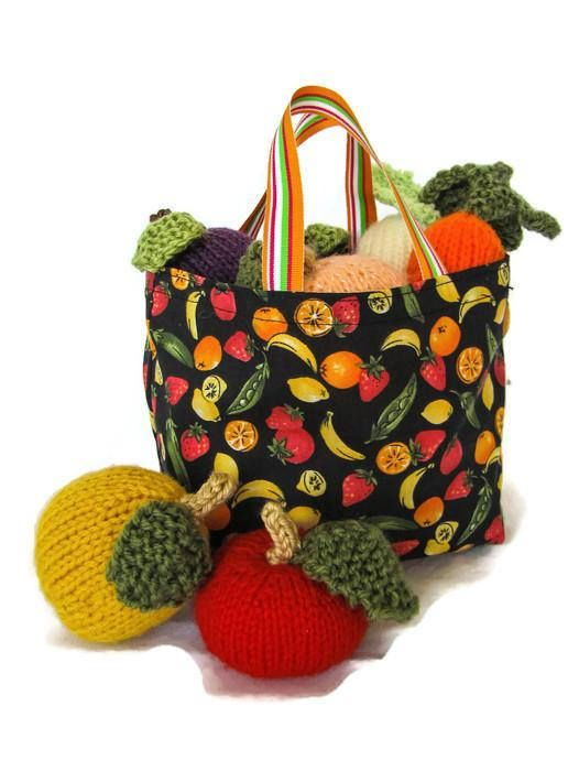 Knit Play Food Set with Shopping Bag 8-Piece Stuffed Food