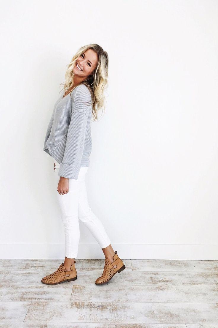 White apron brea - La Brea V Neck Sweater In Slate Grey