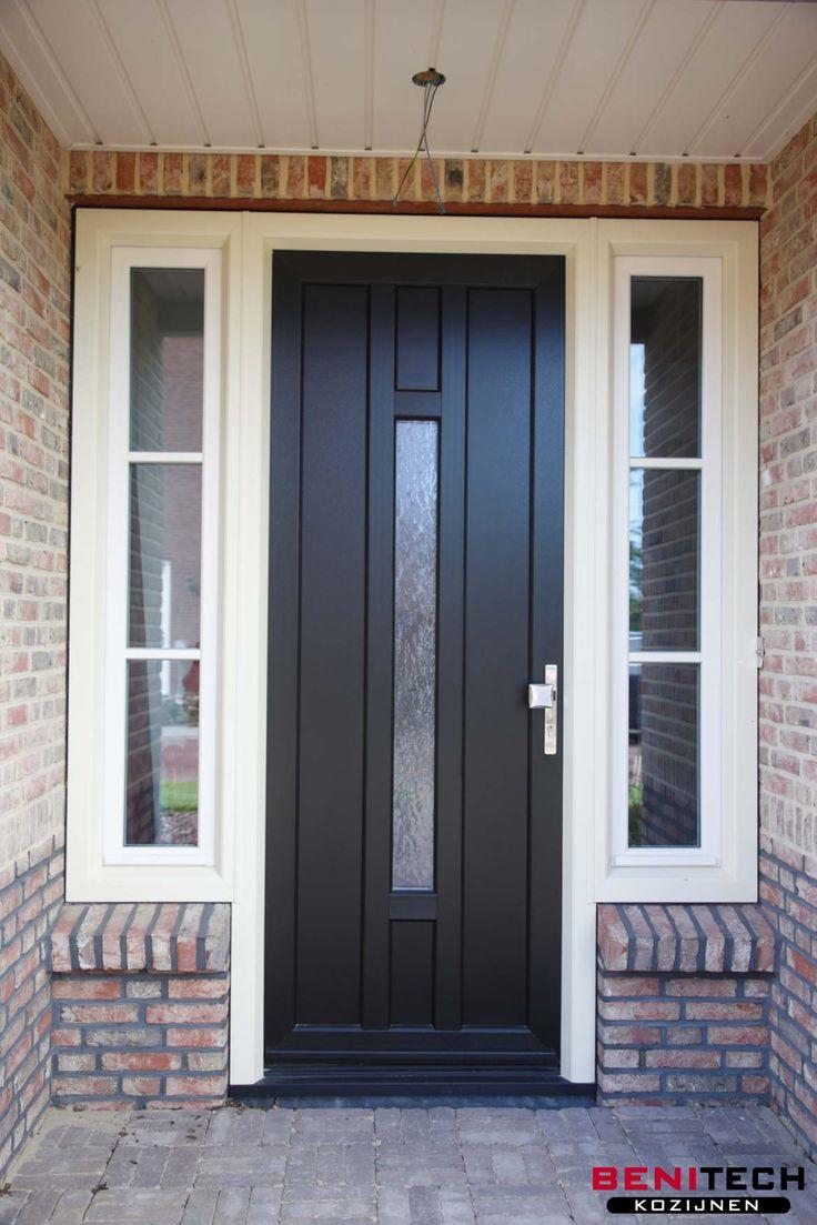 Kunststof voordeur ontwerp uw eigen deur! Kies uit meer dan 300 deuren.