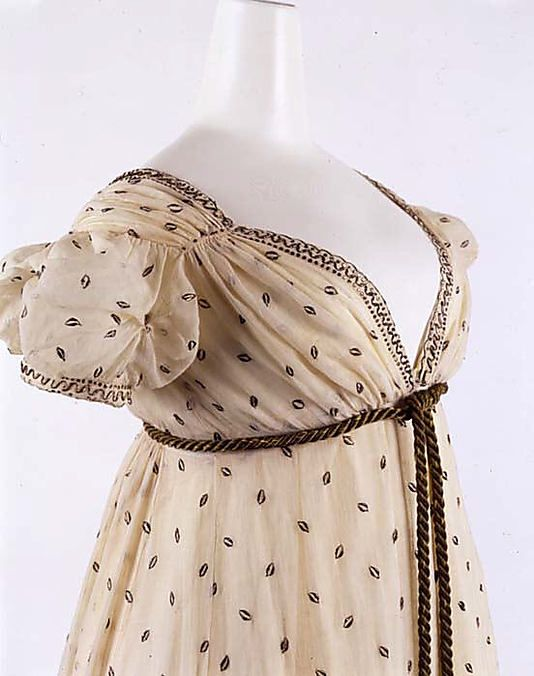 evening dress ca 1810 at the MET made of cotton and metallic thread French
