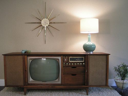 TV & stereo console...1960s...oh my goodness the clock!!!