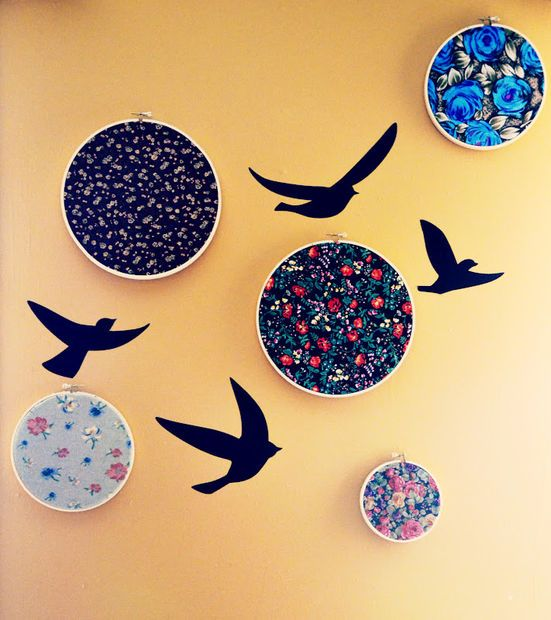 HOOP ART: ILLUSTRATED TUTORIAL: Home Decor Art: Quilting Hoop Wall Art with Scrap Fabric by HomemadeisBetter