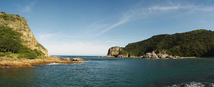 The Heads, at Knysna looks like two lands trying to meet. From the view point Eastern Knysna Head you will have on your right the river and on your left the Indian Ocean.  The color of the sea will make you want to dive into it!
