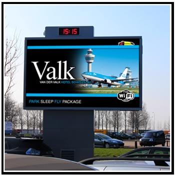암스테르담 Schiphol 공항의 옥외전광판, 디자인이 단순하면서도 참신하네요^^