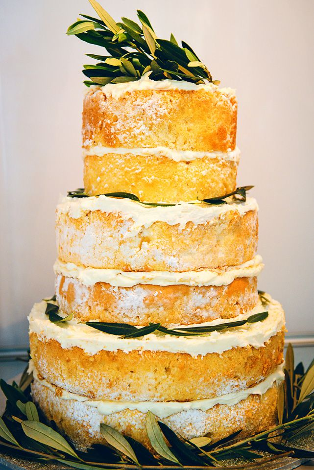 Naked wedding cake.  By Sweetness Contained.  Noosa wedding photographer, Swirltography.