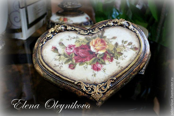 Купить набор вазочка шкатулка подсвечник Нежные розы в золоте - золотой, шкатулка, шкатулка для украшений