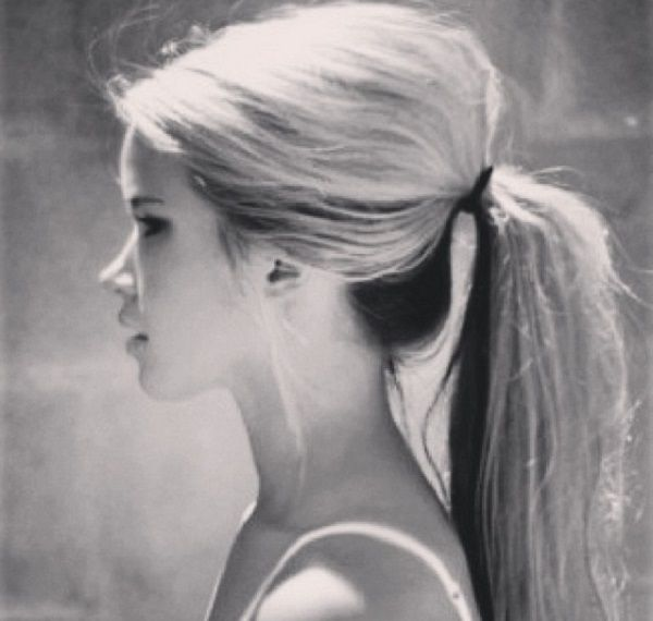 Warm Weather Hairstyles: Poof Ponytail