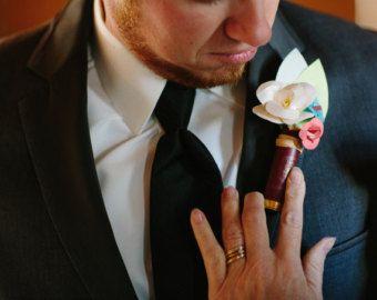 Ramo de novia Boutineer  escopeta concha llena por TheRusticPorch