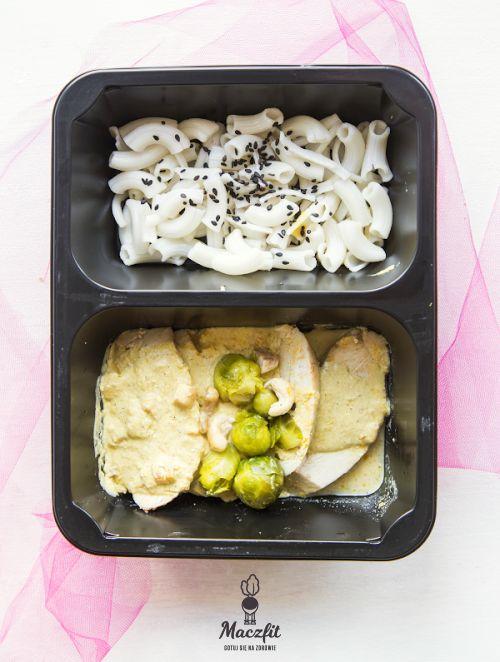 #danie #meal #lunchbox #makaron #food #mealbox #catering #maczfit #jedzenie #obiad #lunch #brukselka