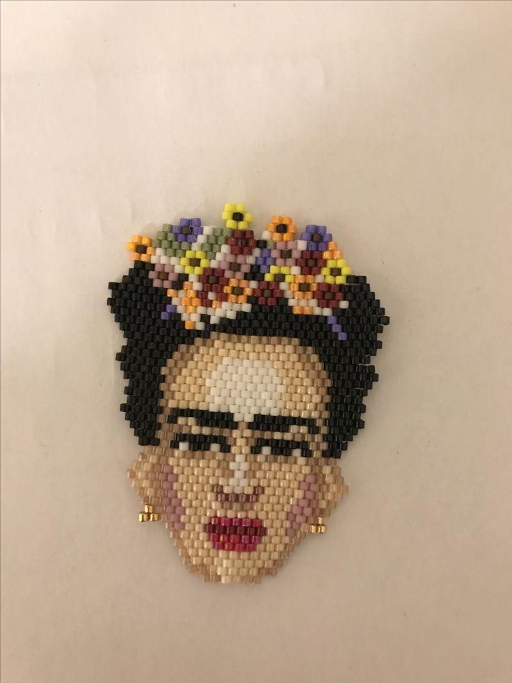 Frida Kahlo Brosche aus Miyuki delica perlen