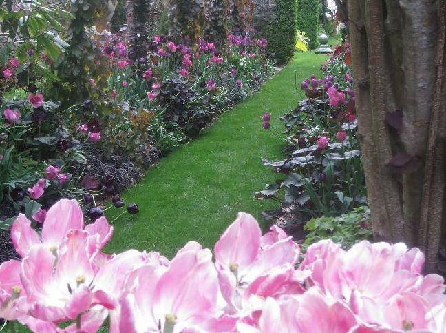 1. Sakonnet Garden: The Secret Garden You're Guaranteed To Love