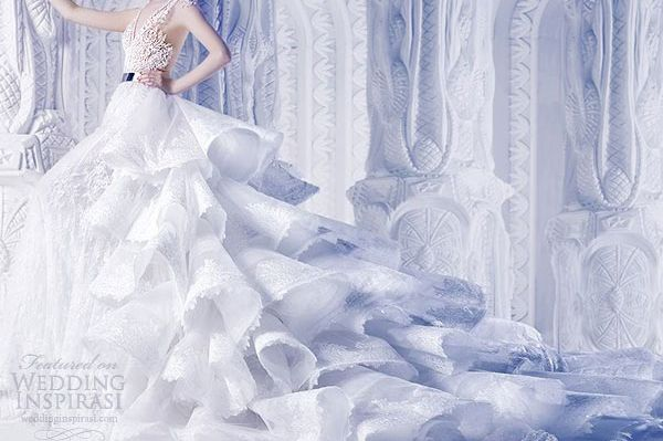 VERONA: GET MARRIED IN THE ROMANTIC CITY OF  ROMEO AND JULIET. LINK HERE AND SCROLL THE PAGE DOWN:  INSPIRATIONAL GALLERY OF WEDDING GOWNS AND ACCESSORIES. http://veronaweddingceremonyservices.com/special-offers-promotions.html