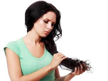 Doğum sonrası saç dökülmesiyle başa çıkma yolları Anne Sağlığı Bebeğim haberleri