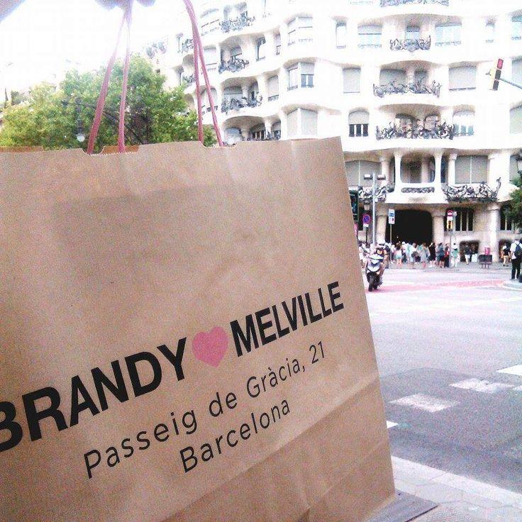 #Barcelona #Diary #Gaudihouse #Gaudi #BrandyMelville #Brandy #Shopping