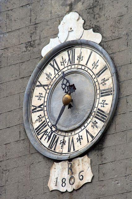 Orologio della Chiesa dei Santi Jacopo e Antonio | Flickr - Photo Sharing!