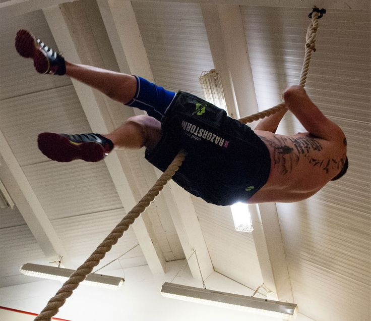 Crossfit Gloves For Rope Climbing: 1000+ Ideas About Rope Climbing On Pinterest