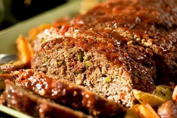 Готовим дома мясной хлеб сочный и нежный легко и просто http://lovelyspoon.ru/myasnoy-hleb-iz-farsha-domashniy-retsept/