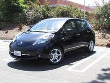 2012 Nissan Leaf SL  https://www.auctionexport.com/en/Inventory/Info/2012-nissan-leaf-sl-hatchback-4-doors-106181402