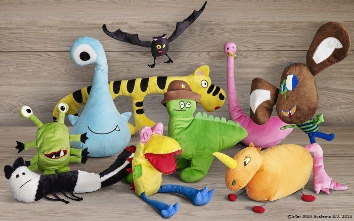 Noile noastre jucării sunt gata de joacă și fapte bune! Pentru fiecare jucărie de pluș cumpărată între 1 noiembrie 2015 – 26 decembrie 2015, din magazinul nostru,IKEA Foundationva dona câte un euro pentru a sprijini proiectele educaționale aleUNICEF RomaniașiSalvați Copiii Romania.