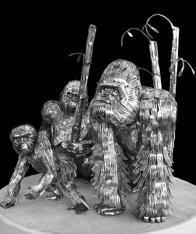 Family of Gorillas - Gary Hovey - metals, recycled forks #art #sculpture
