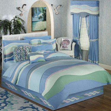 Waves Lightweight Coastal Comforter Set