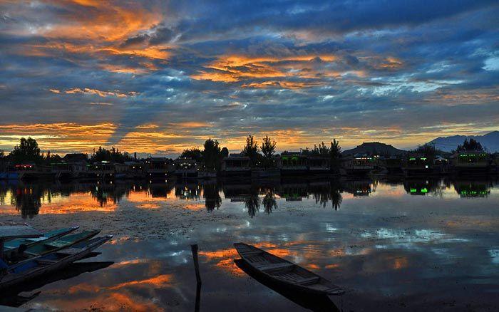 Sunset in Srinagar, Kashmir