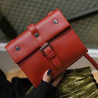 Маленькая красная сумочка 1959