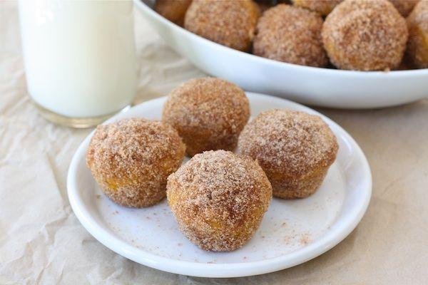Baked pumpkin donught holes: Pumpkin Recipes, Donuts Hole, Pumpkin Donuts, Pumpkin Desserts, 101 Pumpkin, Pumpkin Doughnut, Minis Muffins, Baking Pumpkin, Doughnut Hole