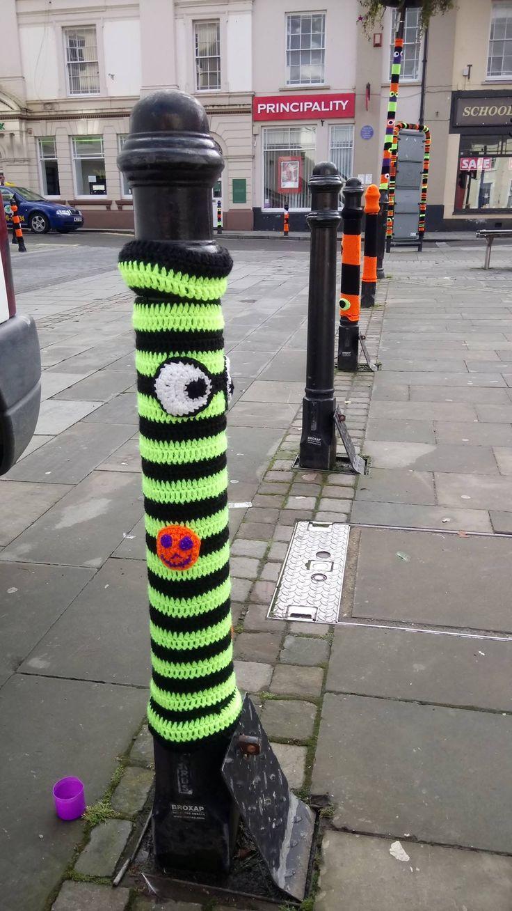 Yarn bomb Haverfordwest 2016