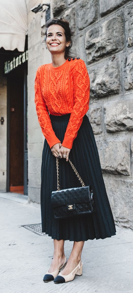 collage vintage | chanel bag | pleated skirt | fashion blogger | street style