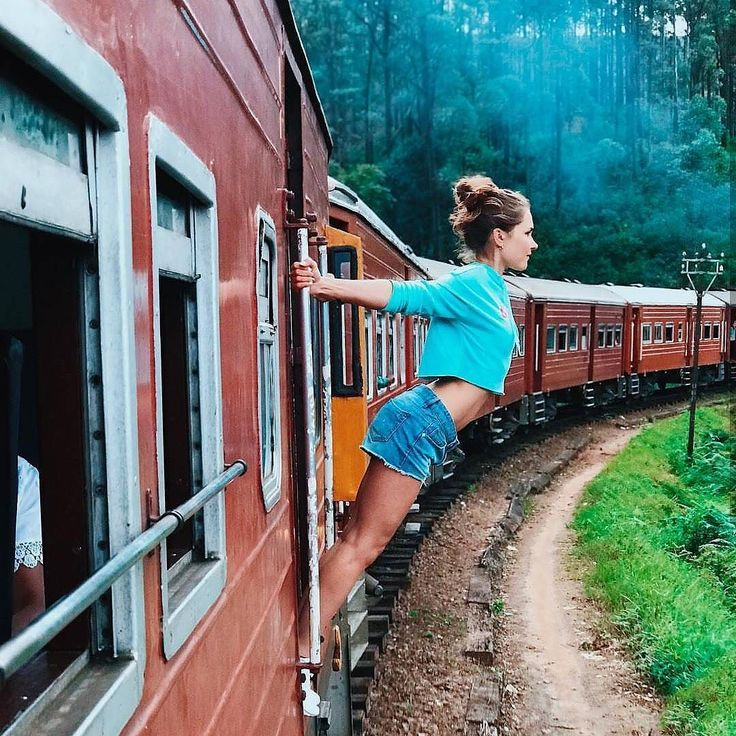 Who Wanna Experience This Amazing Train Tour @ Sri Lanka ? https://www.srilankatravelandtourism.com/places.php  Sri Lanka Travel Tour Operator. Explore Sri Lanka with Us. Mobile-WhatsApp-Viber 94 777854022  Photo by @hanna.rachina  #srilanka_travel  #francetravel #infintypool #amazingnature #beautifulmountains #amazingsky #italytravel #bahraintravel #uktravel #germanytravel #spaintravel #norwaytravel #kuwaittravel #qatartourism #italytourism #italytour #australiatravel #australiatour #uktour…